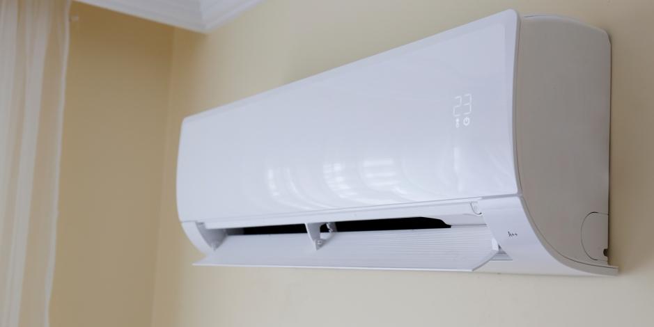 mini split air conditioner on wall